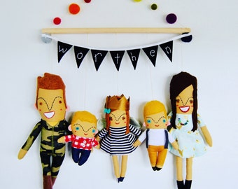 Custom Family Portrait Wall Hanging // Family of Five // Perfect Present!