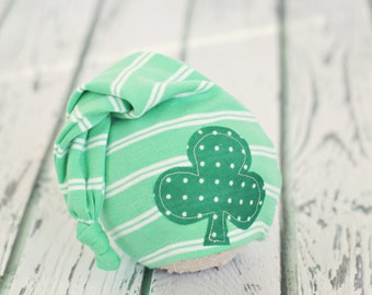 newborn to 3 month baby hat // boy girl photo prop // baby photography // clover // shabby chic // St. Patricks day // stocking hat //  RTS