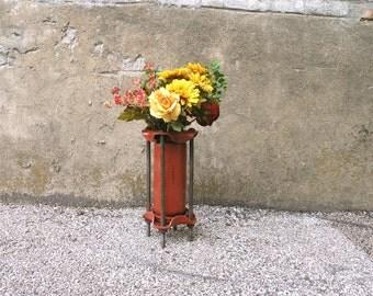 Live Flower Vase, Tall Flower Vase, Metal Vase, Table Vase,Table Centerpiece,Restaurant Decor, Steampunk Vase, Industrial Decor, Office Vase