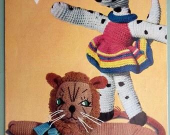 Vintage 1940s 1950s Knitting Pattern Soft Toys Dalmatian Dog Lion 40s 50s original pattern Bestway No. 3713 UK