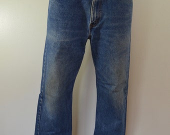 Vintage LEVI'S 505 w34 l30 Made In USA red tab 80's denim blue jeans