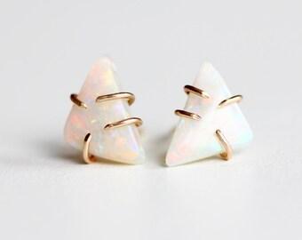 Opal Studs in 14k Solid Gold Prongs - Modern Triangle Opal - Minimalistic Post Earrings - Feminine Flashy Opal Studs - Australian Opal