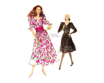 1980s Womens Dress Pattern, Very Easy Vogue 7471, Mock Wrap Bodice, Flared Skirt, Vintage Easy Sewing Pattern, Uncut FF