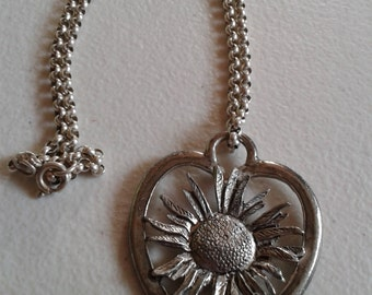 Necklace - Daisy in a Heart, White Metal