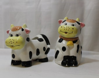 Cute Novelty Cow Sugar and Creamer Set, Houston Harvest Gift Products