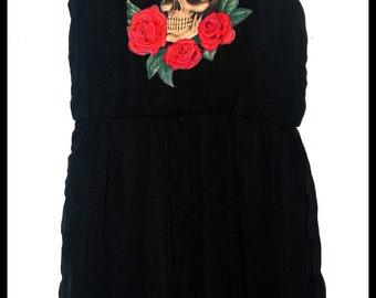 Girls Skull and Roses Dress size 10