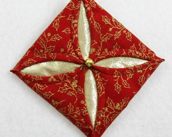 Red  and Gold Cathedral Window Quilted Christmas Ornament 152