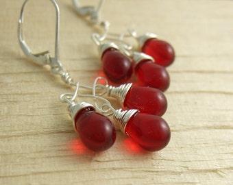 Earrings with Red Glass Teardrops on Twist Designs CE-244