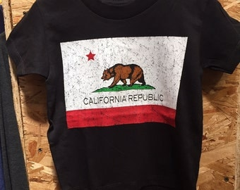 California Republic Flag Bear T-Shirt 100% Cotton Toddlers Kids  2T 3T 4T