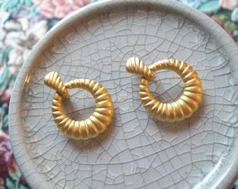 Vintage Ribbed Golden Hoop Clip Earrings