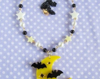 Creepy Cute Acrylic Moon with Bats Necklace in Yellow and Black / Kawaii / Fairy Kei / Pastel Goth / Bats in Flight/ Batty Moon