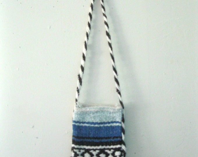Vintage Children's Guatemalan purse / woven Hippie Boho kids crossbody bag