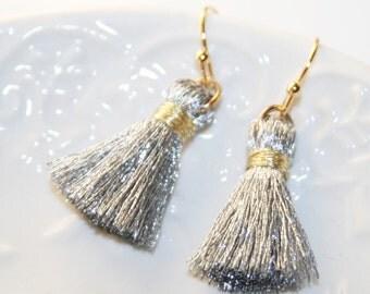 Silver Tassel Earrings,Gift to Her,Silver Fringe Earrings,BohoChic Everyday Earrings,Silver Gold Jewelry,Gift to Sister,small Tassel Earring