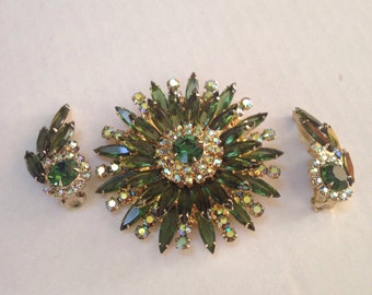 Juliana Sunburst Rhinestone Brooch and Earrings in Olivine