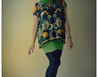 Upcycled Vintage Scarf T-Shirt Black & Orange print Tunic