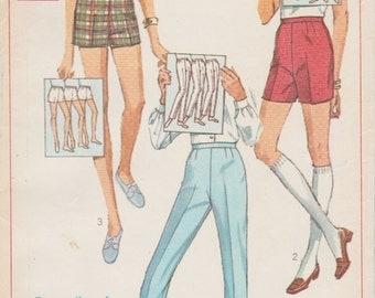 Simplicity 7688 / Vintage 60s Sewing Pattern / Pants Shorts Trousers Slacks / Waist 27