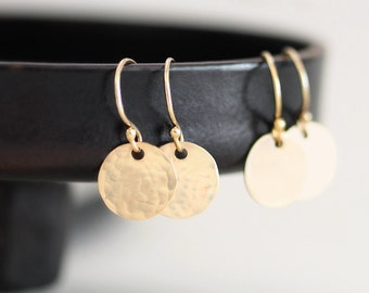 Tiny Circle Earrings, Tiny Round Earrings, Gold Dainty Earrings, Gold Filled Discs, Hammered / Smooth Finishes