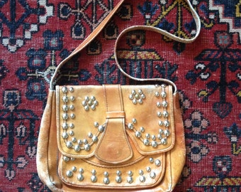 Vintage 70s studded leather purse / Distressed worn in leather