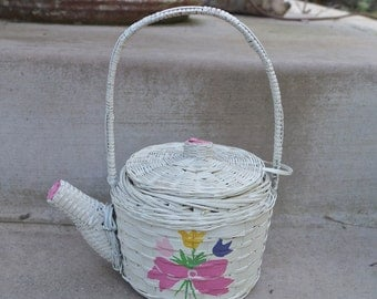 SC Vintage Wicker Watering Can Handbag / White Wicker Novelty Basket Purse / Collectible Figural Wicker Teapot Handbag Purse Painted Bouquet