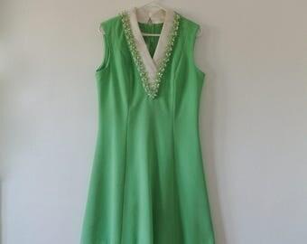 Vintage Sleeveless Dress - Green 60s Dress with Beaded Collar - Vintage Mod Dress - Alfred Werber - Size Medium Large