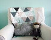 Modern Geometric Baby Quilt in Neutral Color Triangles for Boy or Girl – Reversible