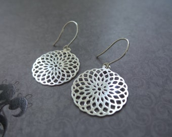 Sterling Silver Filigree Earrings, Doily Earrings, Silver Lace Earrings, Cut Out Earrings, Geometric Earrings, Lace Earrings, Circle Jewelry