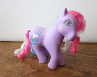 G1 My Little Pony Strawberry Scoops - Sippin Soda