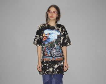 1990s Vintage Tye Screaming Eagle Biker The Spirit of Freedom T Shirt - Vintage 90s Oversized Tees  - Vintage Eagle T Shirts - Wz0619