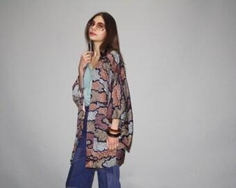 Vintage 1940s Short Graphic Neutral Japanese Geisha Hippie Boho Festival Kimono Jacket -  Vintage 40s Kimono  -  Vintage  Kimonos  - WO0622