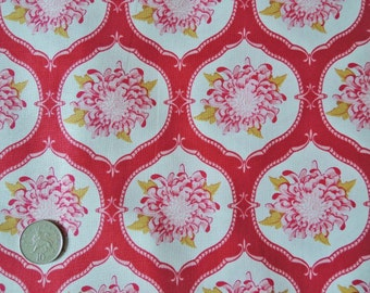 Tilda fabric FQ ....  Mum Flower Ornament in Red ....   EXTRA LARGE Fat Quarter 50 x 70cm