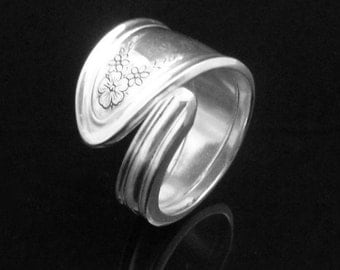 Engraved Floral Spoon Ring, Ardsley 1921