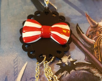 Bow & Hearts Necklace