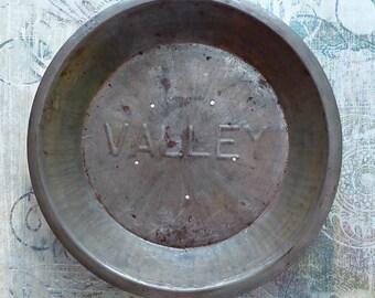Vintage Valley Pie Pan