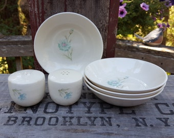 4 Berry Bowls and Shakers - Ever Yours Boutonniere - Taylor Smith & Taylor - Mid Century Pottery