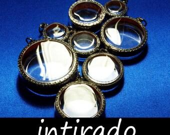 Terrarium Blanks, Terrarium Jewelry, Reliquary, Terrarium Kit, Moss Ball, Living Plant Jewelry, Clear Locket, Shadow Box Pendant, 8pcs