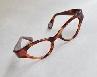 1950s Tortoiseshell effect deadstock cat eye glasses frames / 50s French spectacles