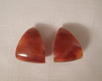Vintage / ORANGE BAKELITE EARRINGS / Clip Earrings / Hoops / Triangle / Tequila Sunrise / Nutmeg / Marbled / Mid-Century / Retro / Tested