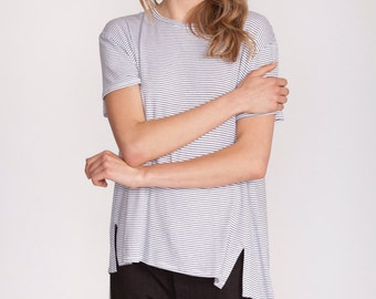 White t shirt, Striped top, short sleeve tunic, white stripes, oversized top, round neck, summer top, asymmetrical t shirt, oversized tunic