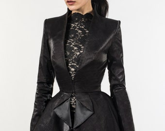 Gia Long coat (in black velvet)