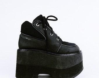 90's LUICHINY Neoprene and Faux Leather Platform Lace Up Ankle Sneaker Boots // 7.5