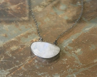 Moonstone Necklace, Moonstone Pendant Necklace, Silver Moonstone Necklace, Silver Moonstone Pendant Necklace, Moonstone Pendant, Moonstone