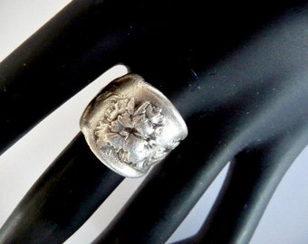 Boho Ring, Wide ring, wide boho ring, band ring, bands, boho band ring, boho wedding ring, flower pattern, wedding ring, Silver ring, black