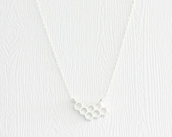 Beehive pendant necklace, silver