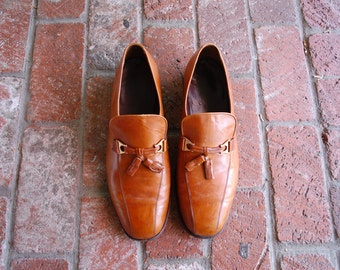VTG Mens 12d Florsheim Imperial Slip On Tassel Loafers Classic 70s Loafers Cognac Whiskey Brown Dress Shoes Spring Fashion Mod Hipster