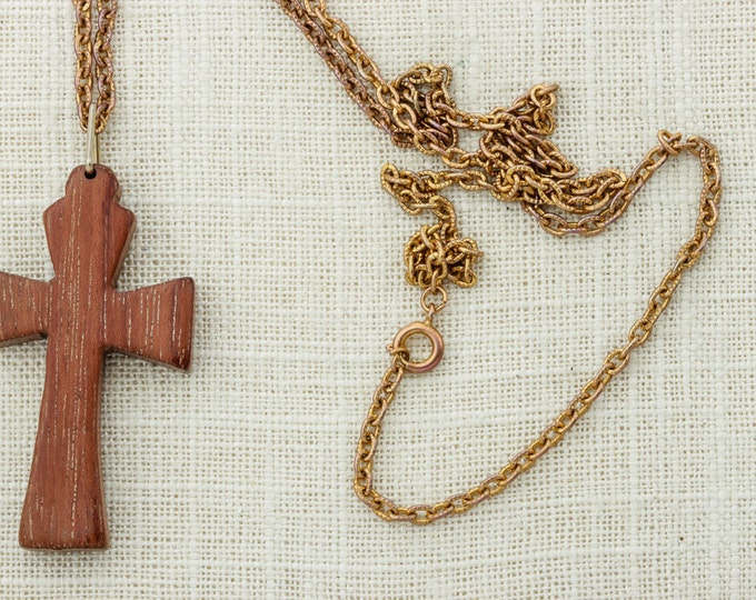 Wood Cross Necklace Huge Pendant Vintage Gold Chain Necklace Wood Funky Christian Catholic Religious Costume Jewelry 16D