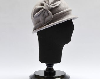 Jane Light Gray Wool Hat with Rim Felt Knitted Retro 1920s Style Hat