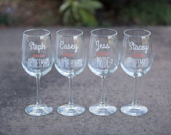 Bridesmaid gift idea, Bridesmaids gifts, Personalized Maid of honor gift idea. Wedding party gift wine glasses. Custom wedding party glasses
