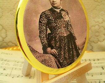 Historical Victorian Era African American Woman #1, Purse Mirror, Makeup Mirror, Large Palm Mirror, Cosmetic Mirrors, Handheld Mirrors