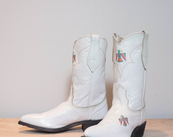 6 B   White Leather Thunderbird Western Boots by Nocona