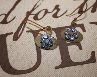 Small Metal Tags Repurposed into Cute Flower Earrings